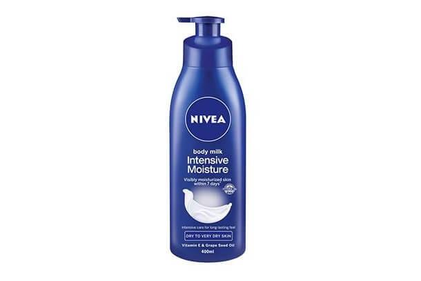 Sua-duong-the- Nivea Body Milk Intensive Moisture 400ml