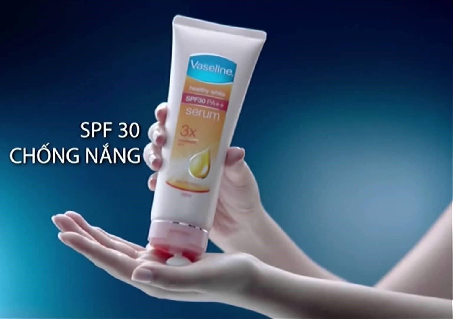 sua-duong-the-vaseline-healthy-white-serum