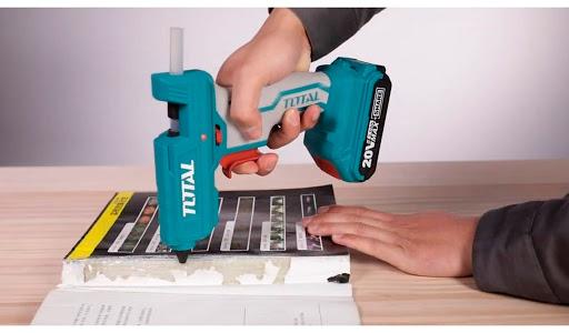 Súng bắn keo dùng pin Total TGGLI2001