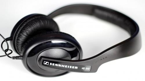 Tai nghe chụp tai Sennheiser HD202 II