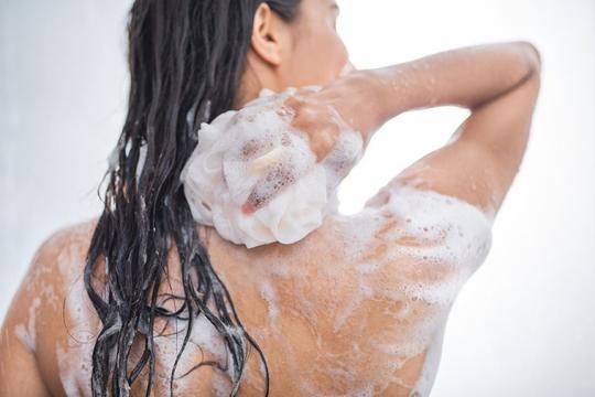 Review top 5 sữa tắm trị mụn lưng hiệu quả ngay từ lần thử đầu tiên