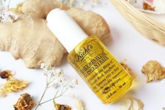 Review top 5 sản phẩm tinh dầu dưỡng da cho da mịn màng, khỏe đẹp