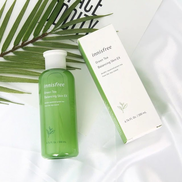 toner-cho-da-kho-innisfree-green-tea-balancing-skin